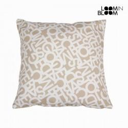 Большая бежевая подушка ABC, 60 x 60см