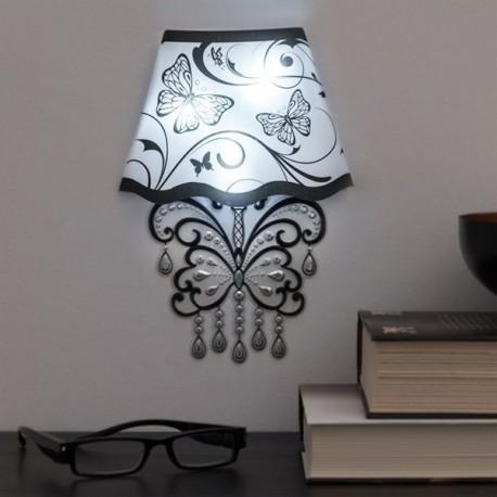 LED-valgustusega seinadekoratsioon