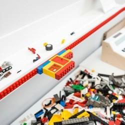 punane LEGO - teip